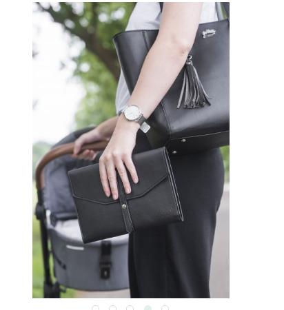 windeltasche - Wickeltasche 3 412x450 - Windeltasche im Clutch Style schwarz